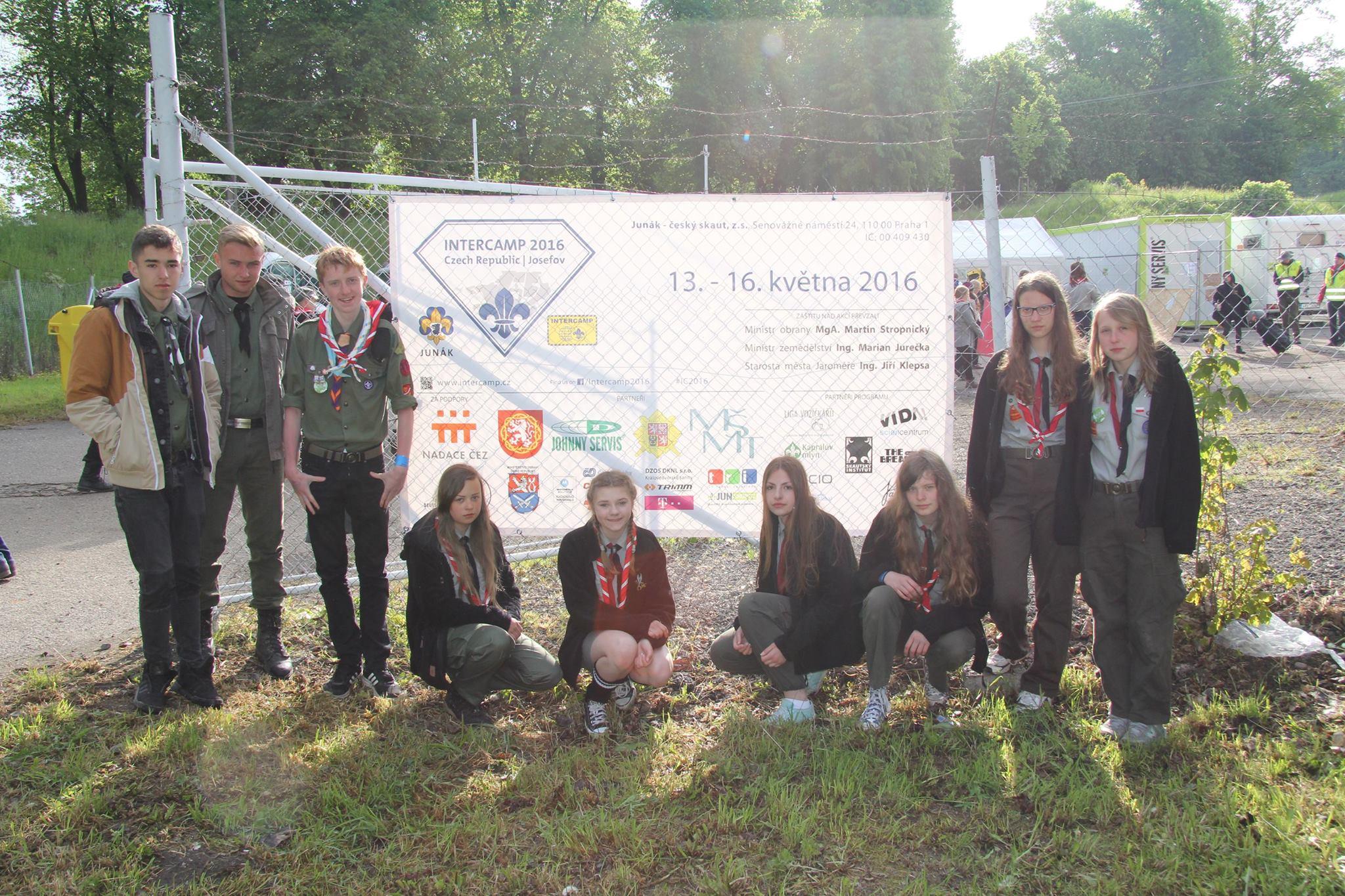 Dziesięcioosobowy partol z Hufca na Międzynarodowym Zlocie Skautów InterCamp